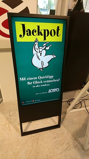 "DStand 42""inch intelligent digital signage 50% kassa korting"